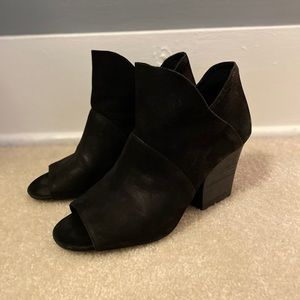 vince camuto open toe ankle bootie